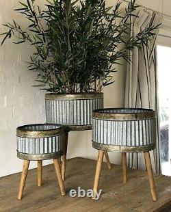 Large Metal House / Garden Ribbed Plant Flower Pot Display Wood Stand Planter sv