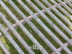Grand Étang Ou Pont De Jardin Cintré En Métal Au Fini Rustique Shabby Chic