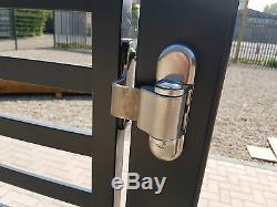Metal Drive Moderne Gates- Portes En Bois, Cabanons, Meubles De Jardin
