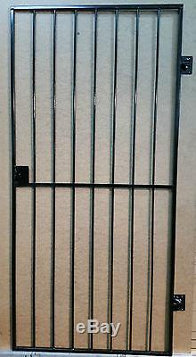 Porte De Sécurité En Acier, Porte. Porte Latérale En Métal / Porte En Fer Forgé